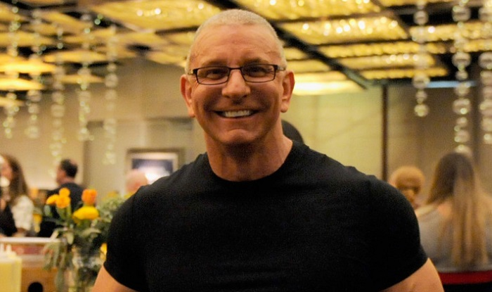 Robert Irvine Net Worth 2019, Bio, Wiki, Wife, Age, Height